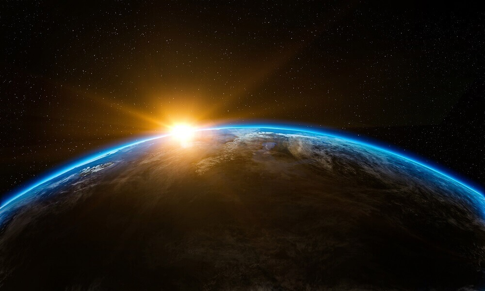 how long does it take for the earth to revolve around the sun
